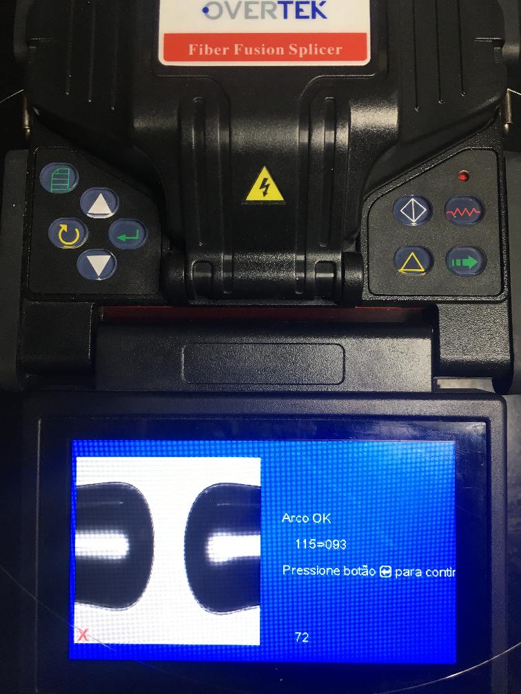 Imagem mostrando no LCD da máquina de fusão a mensagem Arco OK
